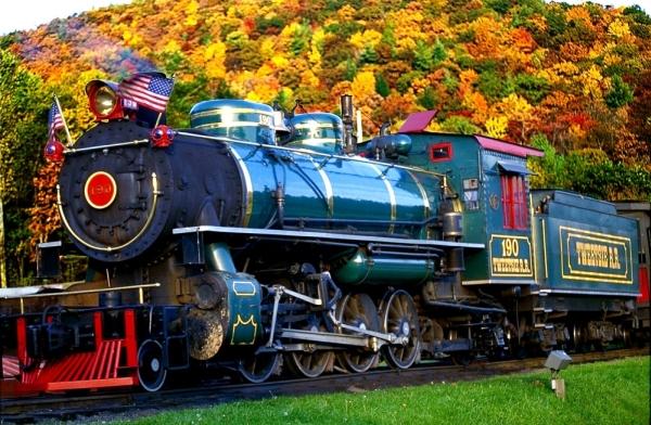 Tweetsie Railroad Fall Color_(C)VisitNC